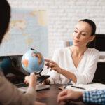Jak przygotować się do pracy w biurze podróży?